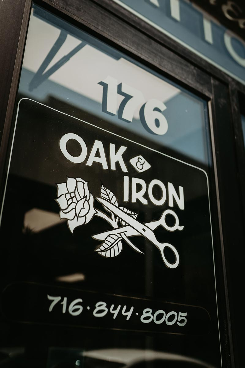 oak-and-iron-salon-tattoo-exterior-1